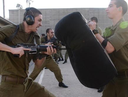 קורס מדריכי קרב מגע (צילום: רוני אביב ובן אברהם, במחנה)