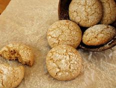 עוגיות אגוזים ושקדים