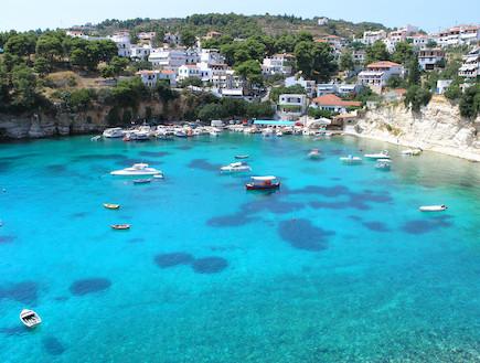 האי אלוניסיס ביוון