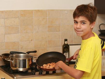 נועם טרוטינו במטבח