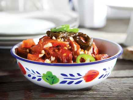 סלט עגבניות ופלפלים קלויים