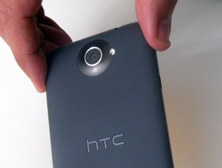 HTC One X (צילום: איתי מקמל | TGspot ,TGspot)