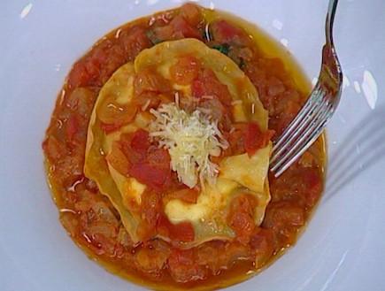 רביולי גבינה ברוטב עגבניות(mako)