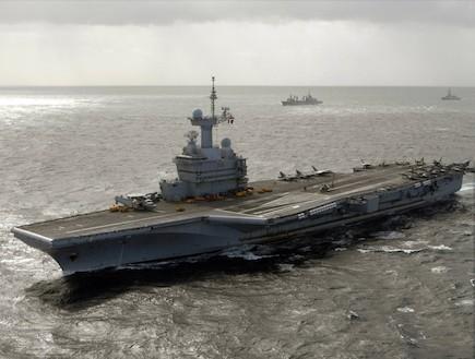 נושאת מטוסים צרפתית (צילום: צבא ארצות הברית)