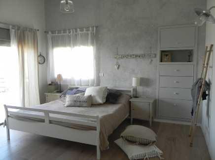 חדר שינה לאחר שיפוץ