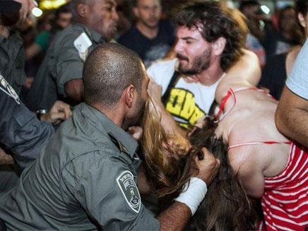 """ההפגנה במוצ""""ש (צילום: אמיר וייס / חדשות 2)"""