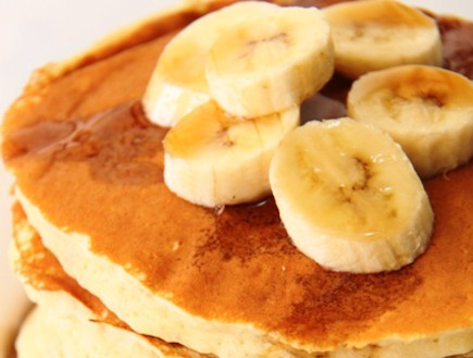 פנקייק בננה (צילום: חן שוקרון ,מתוקים שלי)