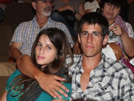 פרימיירה דונה ליאל דניר ובן זוגה (צילום: יעל צור ,mako)