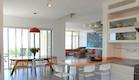 סלון ומטבח, בית בנווה אילן (צילום: STUDIO DETAILS)