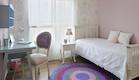 חדר שינה בשילוב שטיח סרוג (צילום: שי אדם)