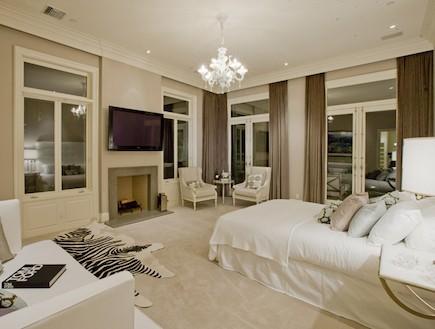 חדר שינה ליידי גאגא (צילום: מתוך: interiorholic.com)