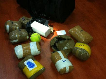 הסמים שנלכדו הלילה בגבול הצפון (צילום: משטרת ישראל)