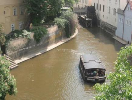 פארג. נהר