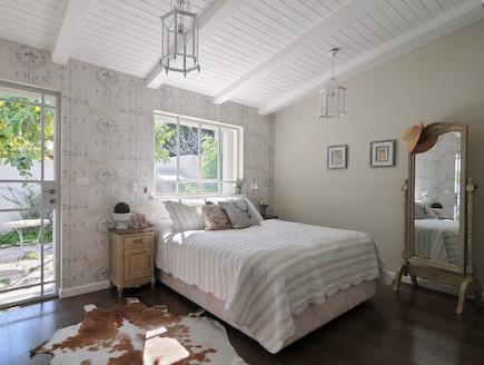 חדר שינה הורים (צילום: שי אדם)