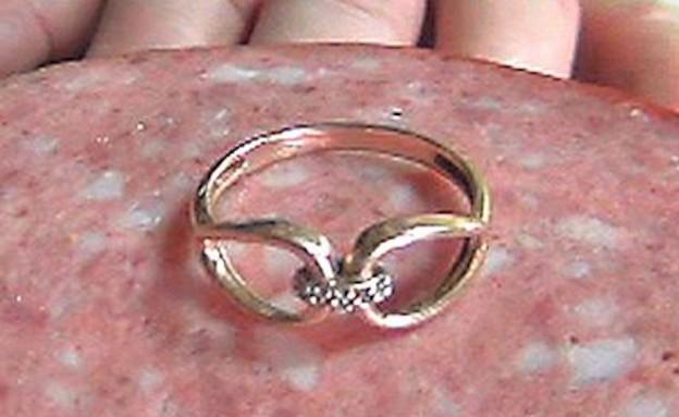 טבעת יהלום בנקניק (צילום: austriantimes.at)