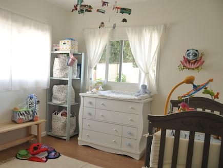חדר שינה לתינוק (צילום: טליה ביקסון)