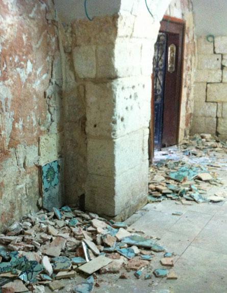 """""""נזק בלתי הפיך נגרם למתחם"""", קבר דוד (צילום: רשות העתיקות)"""