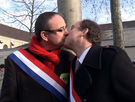 מתנשקים צרפתית סקס עם מורות