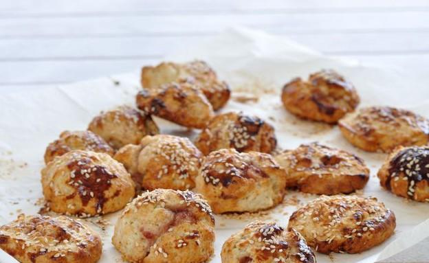 עוגיות שמנמנות מלוחות (צילום: יפית בשבקין ,אוכל טוב)