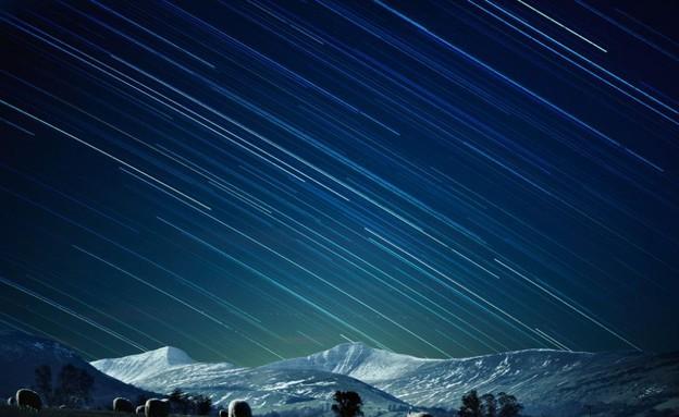 מופע שמי הלילה, תמונות שמיים (צילום: www.dailymail.co.uk)