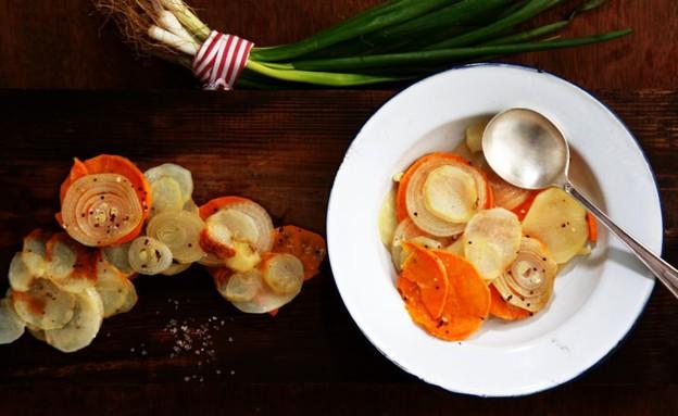 גראטן תפוחי אדמה, בצל ובטטה (צילום: אפיק גבאי ,אוכל טוב)