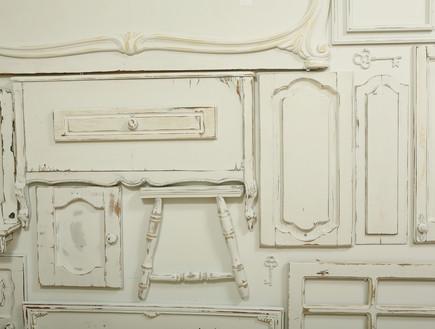 קיר רהיטים, חלקים צבועים