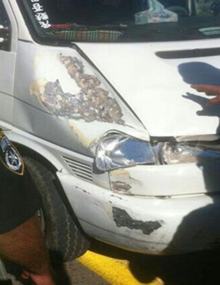 הרכב הפוגע (צילום: הצלה יהודה ושומרון)