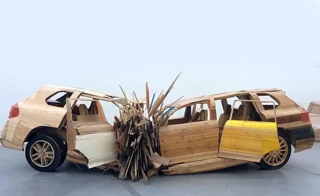 תערוכת מכוניות במוזיאון