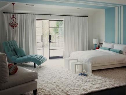 קירות פסים, חדר שינה