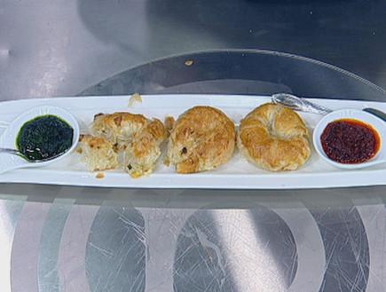 מאפי בצק עלים ממולאים גבינות