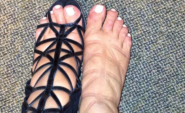 קים קרדשיאן והרגליים הנפוחות (צילום: instagram)