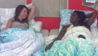 שלי וטהוניה במיטה (תמונת AVI: mako)