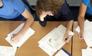 סטודנטים נבחנים (צילום: Thinkstock ,Thinkstock)
