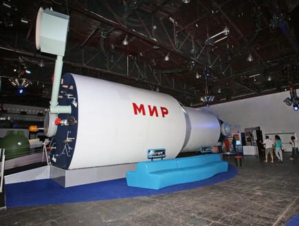קפסולה סובייטית - דגם שאפשר להיכנס לתוכו, תערוכת החלל
