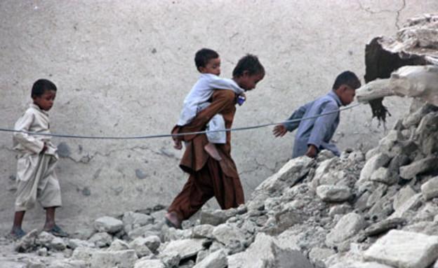 מאות נהרגו ונפצעו - פקיסטן, אתמול (צילום: רויטרס ,רויטרס)