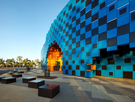 תחרות אדריכלים, איצטדיון חוץ, צילום Peter Bennetts