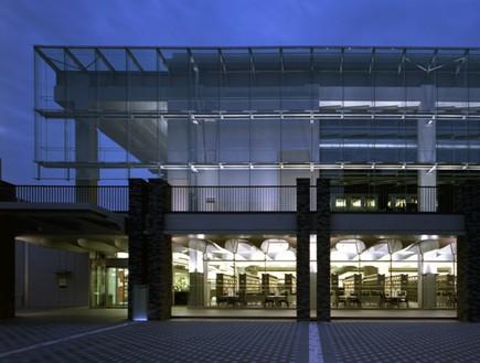 תחרות אדריכלים, ספרייה יפן חוץ, צילום  Seiichi Motoki