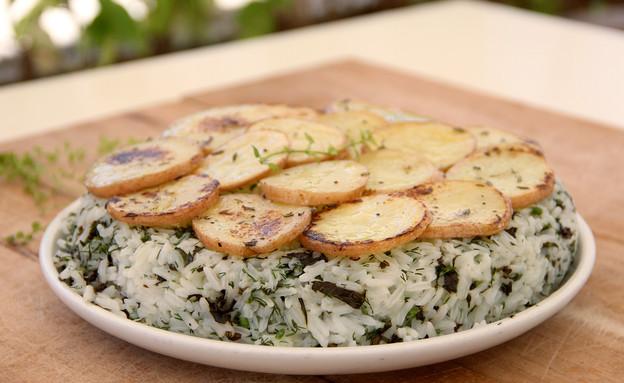 עוגת אורז ותפוחי אדמה, עומר מילר (צילום: קרן ביטון כהן ,אוכל טוב)