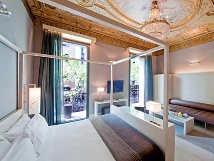 אקטול הוטל, מלונות בברצלונה