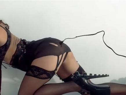בריטני ספירס בקליפ Work bitch