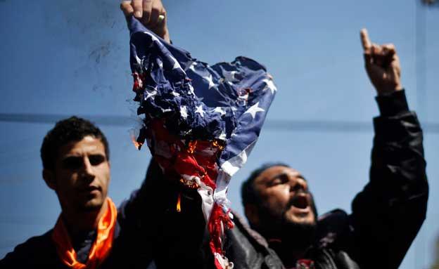פיוס למרות הפגנות השנאה? (צילום: רויטרס)