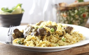 אורז בסמטי עם כבד ובטטה (צילום: אפיק גבאי ,אוכל טוב)