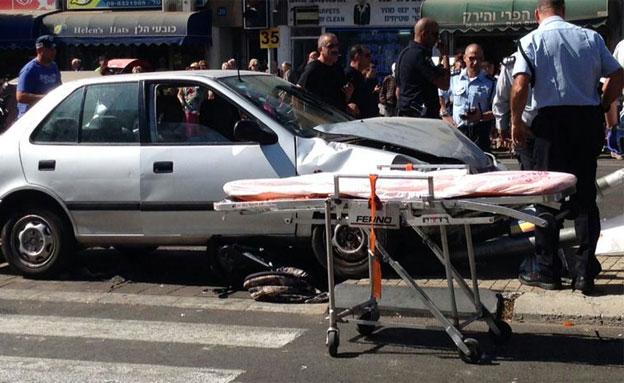 זירת התאונה בנתניה, היום (צילום: איציק בן שושן)