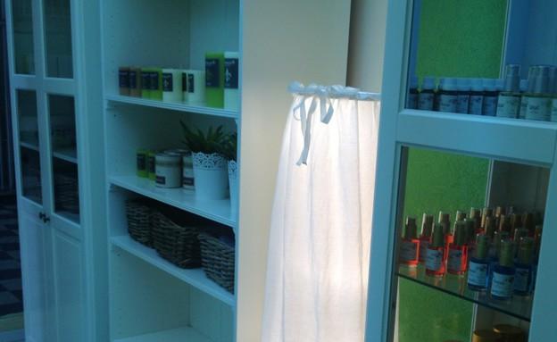 חנות סקס לחרדים - הרמוניה (צילום: תומר ושחר צלמים ,צילום ביתי)