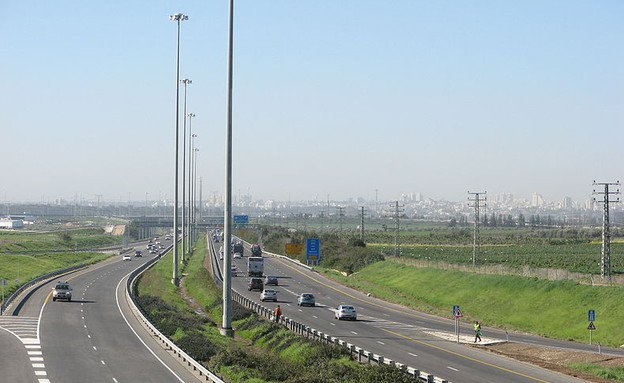 כביש 6 (צילום: ויקיפדיה, יוצר: יעקב)