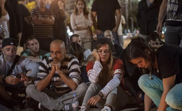 דנה פרידר ואלי פיניש בכיכר רבין (צילום: מיכאל שבדרון  ,mako)