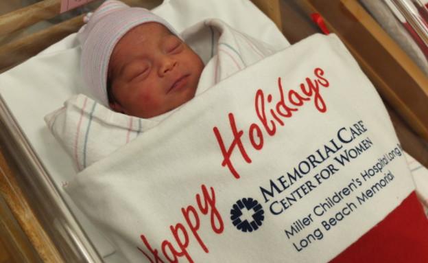 תינוקות כריסמס (צילום: בית חולים לונג ביץ' ממוריאל)