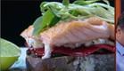 סנדוויץ' הסלמון של גל סנדלר קארסיק (תמונת AVI: mako)