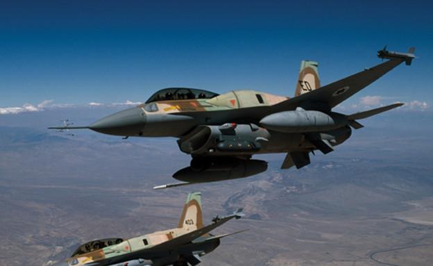 מטוסי סופה של חיל האוויר (צילום: אתר חיל האוויר)