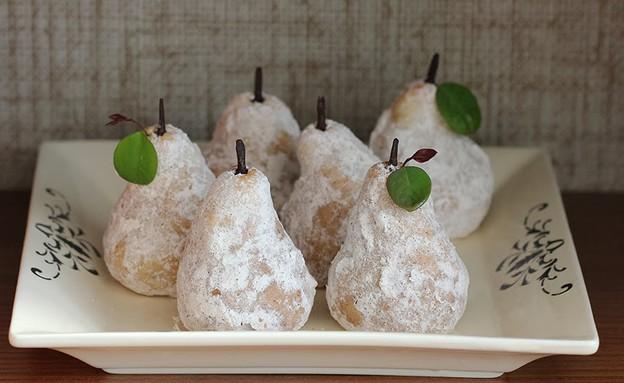עוגיות שקדים רכות בתחפושת אגסים (צילום: פיית העוגיות ,the cookie fairy)